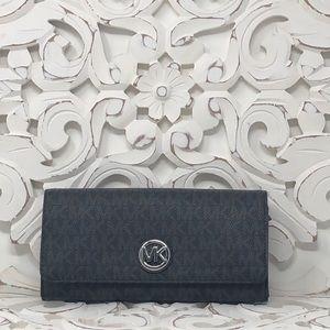 NWT Michael Kors Fulton flat continental wallet